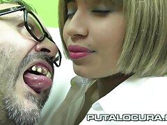 إلسا جان تقاسم تجربة جنسية سكس فرنساوي ساخن مع شابة شقراء