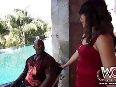 امرأة سمراء جميلة مع المهبل سكسي امريكي فرنسي كبيرة